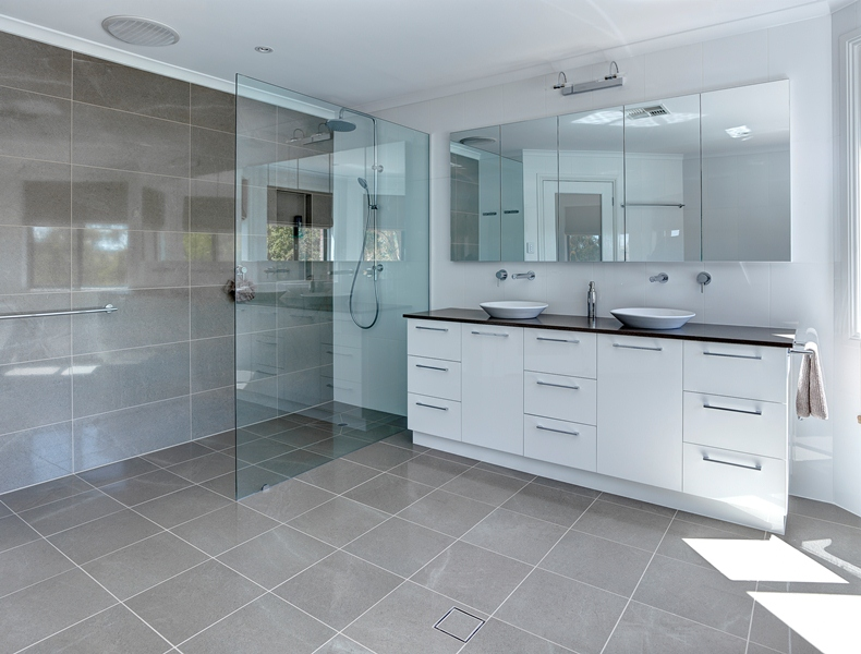 Simple Jordan Smith Brilliant Sa With Small Bathroom Renovation Ideas  Australia.